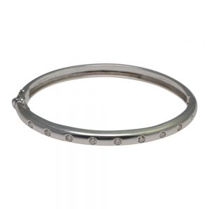 Diamond 18ct White Gold Bangle