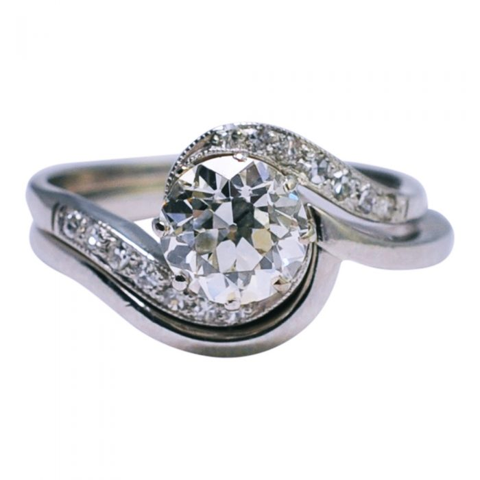1920s Antique Diamond Platinum Engagement Ring