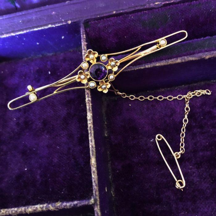 Edwardian 15ct gold Amethyst Pearl Bar Brooch