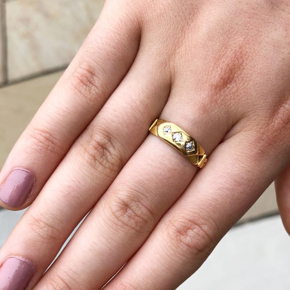 Antique Victorian Diamond 18ct Gold Ring - Plaza Jewellery