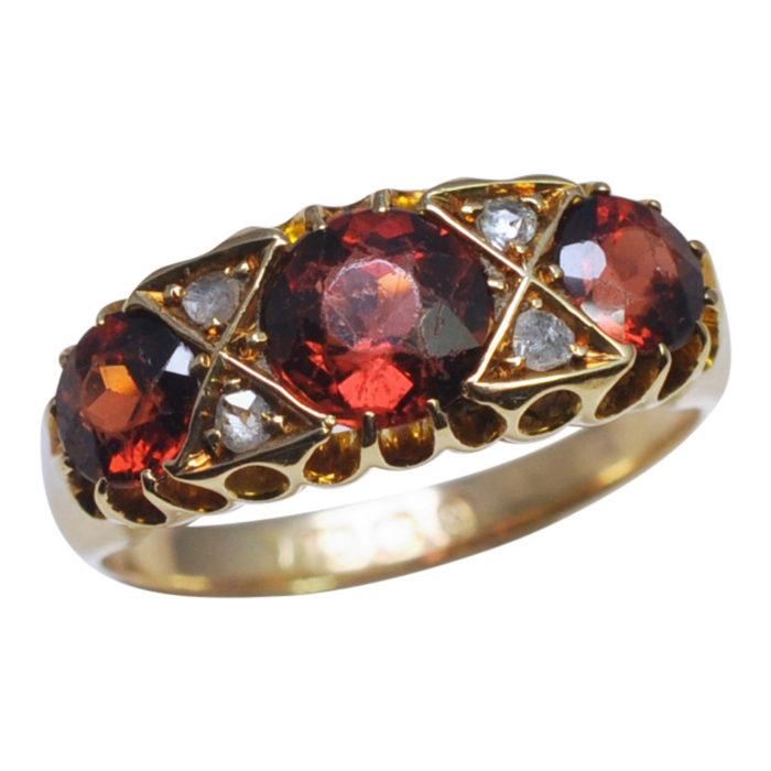 V1051-GARNET-DIAMOND-RING