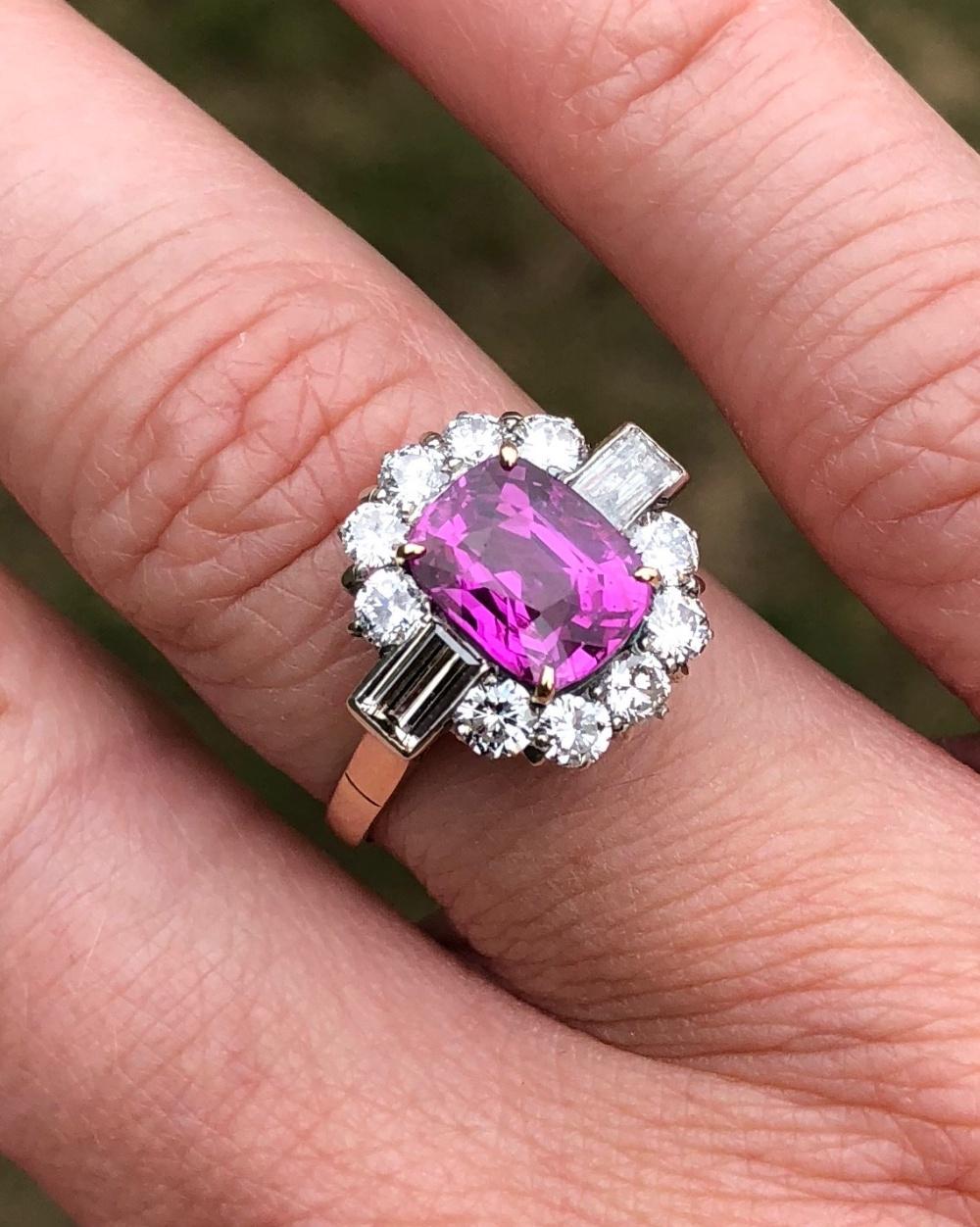 Certified Burmese Pink Sapphire Diamond Gold Ring - Plaza Jewellery