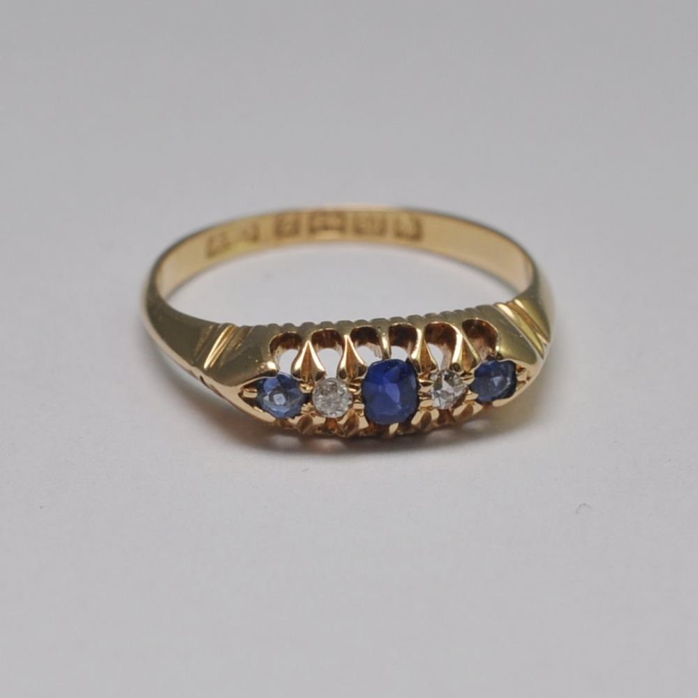 Antique Victorian Sapphire Diamond 18ct Gold Ring Sold