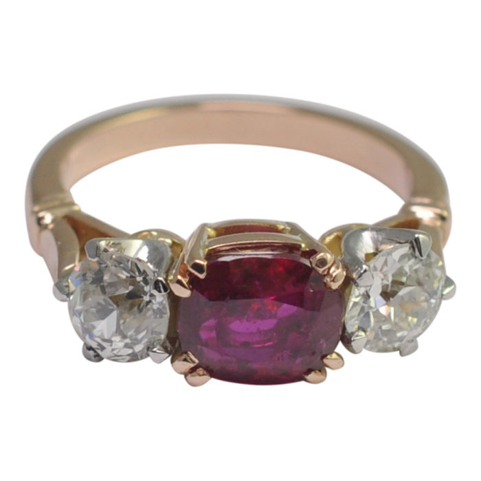 Certified Burmese Ruby Diamond Gold 3 Stone Ring