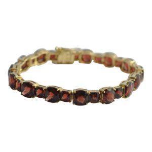 Garnet 18ct Gold Bracelet