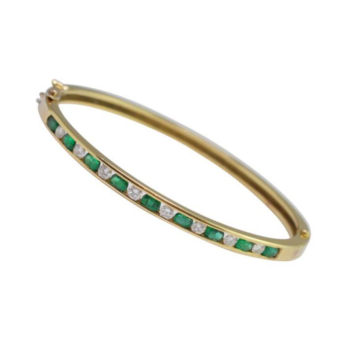 Boodles Emerald Diamond Bangle