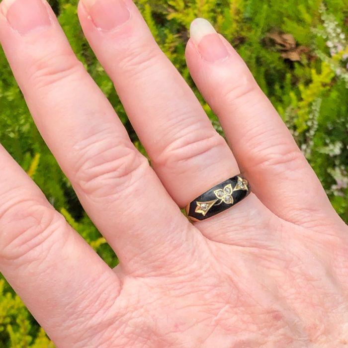 Antique Victorian Enamel Diamond Gold Mourning Ring