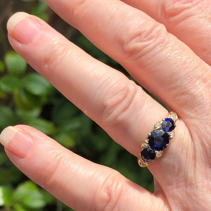 Antique Victorian Sapphire Trilogy Gold Ring