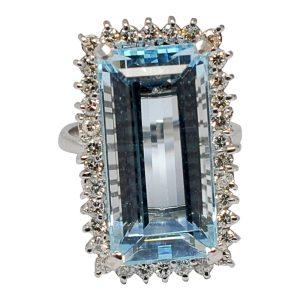 Mid Century Aquamarine Diamond Gold Ring
