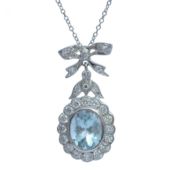 Aquamarine Diamond 18ct Gold Pendant