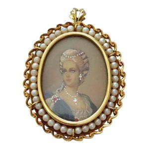 18ct Gold Portrait Miniature Marie Antoinette Pendant