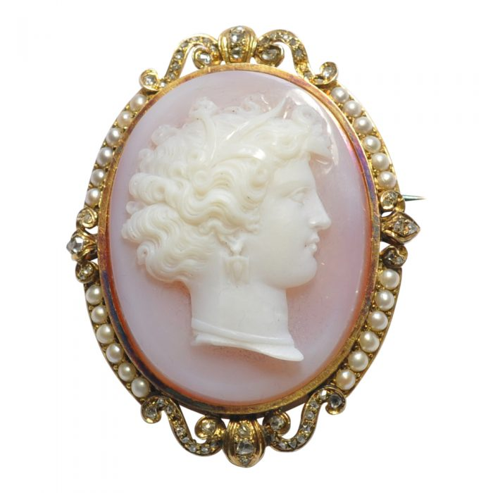 French 19th Century Agate Diamond 18ct Gold Cameo Brooch