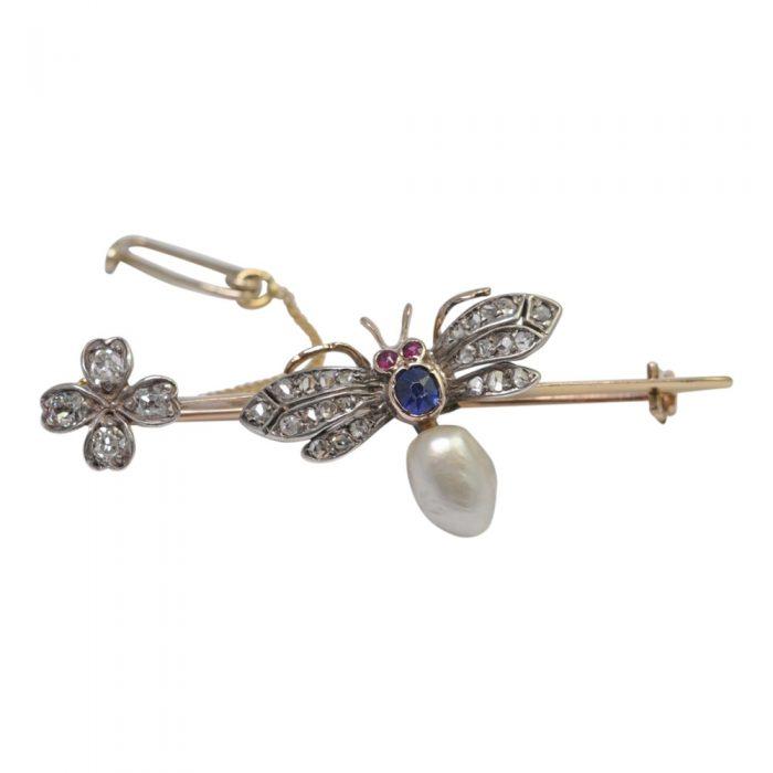 Victorian Diamond Bee 15ct Gold Brooch
