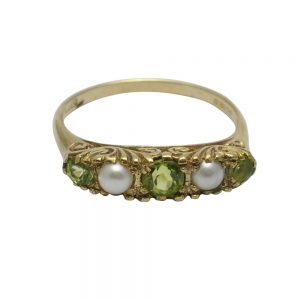 Antique Victorian Peridot and Pearl Gold Ring