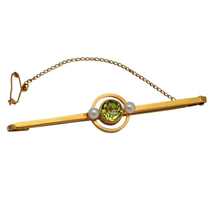 Victorian Peridot Pearl 15ct Brooch