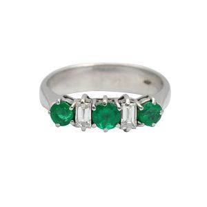 Emerald Diamond 18ct Gold 5 Stone Ring