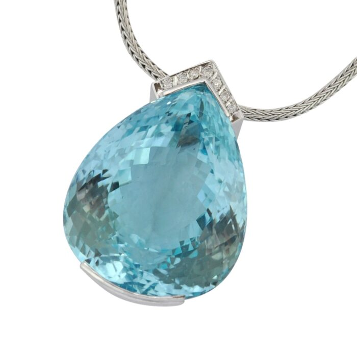 300 Carat Blue Topaz Diamond Gold Necklace