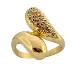 Mid Century Diamond 18ct Gold Crossover Ring